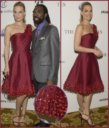 Fashiontribes.com Fashion Blog - Style, Beauty, Luxury Lifestyle & Shopping: Kevan Hall Adorns a Dress with Real Cranberries