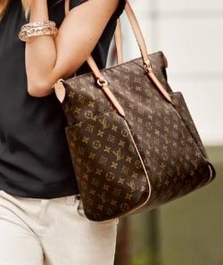 Fashiontribes.com Fashion Blog - Style, Beauty, Luxury Lifestyle & Shopping: Louis Vuitton Celebrates 3.0 Style with a Totally Monogram Tote