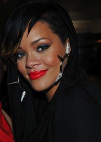 Rihanna rouge d'armani lipstick