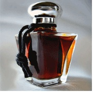 Liz zorn oudh laquer perfume fragrance