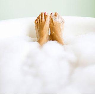 Milk bath toes