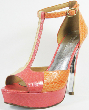Decades modern vintage 60s shoe