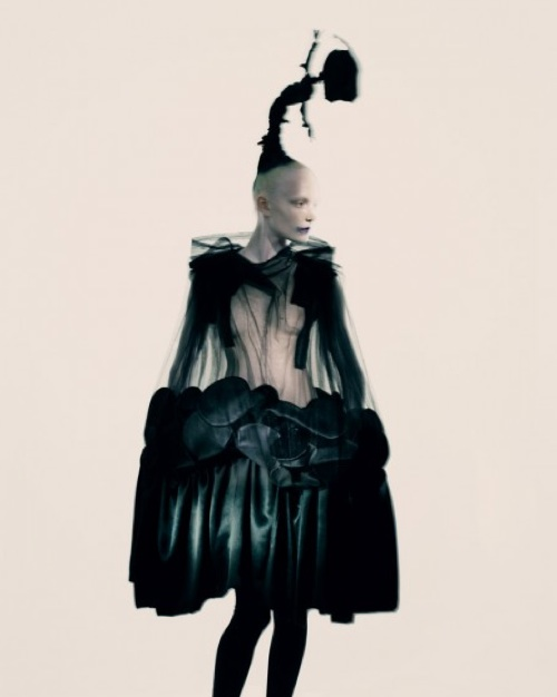 Comme des garcons rei kawakubo paolo roversi fashion photography