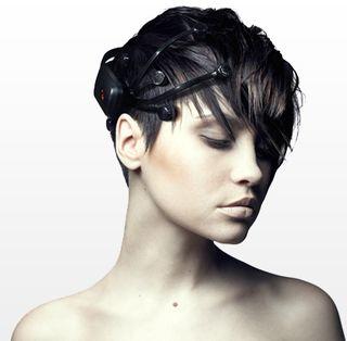 Emotiv headset read thoughts brainwaves