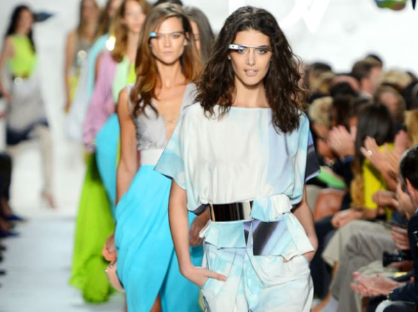 Google glass fashion runway dvf diane