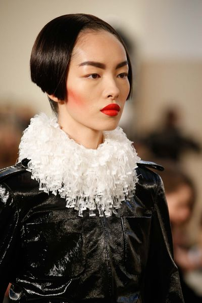 Chanel couture fall 2015 ruffs makeup