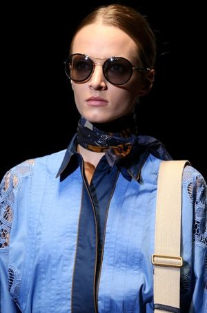 Gucci spring 2015 glasses scarf