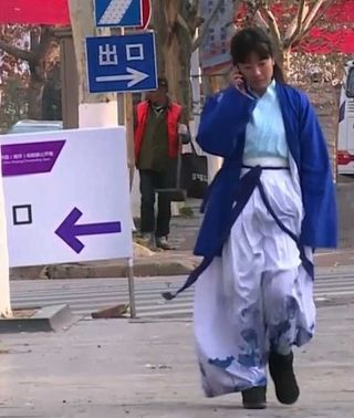Hanfu han dynasty clothing fashion trend in china students