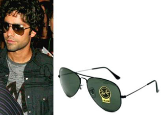 Adrian Grenier in Aviator Sunglasses