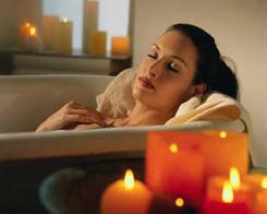 Pampering Candlelit Bath Soak
