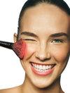Great_skin_applying_makeup