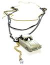 Car_necklace_claire_pain