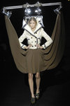 Viktor_rolf_lights_fall_2007