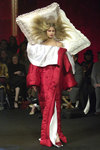 Viktor_rolf_fall_2005_duvet_coat