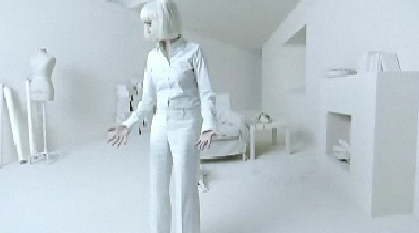 Mac_cult_of_cherry_all_white_woman