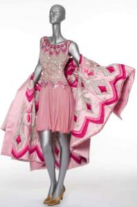 Valentino_pink_dress_2