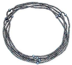 Black_pearl_necklace