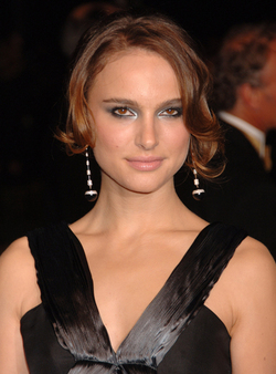 Natalie_portman_kwiat_diamonds_3