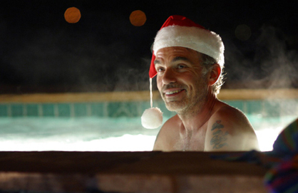 Bad_santa_in_jacuzzi