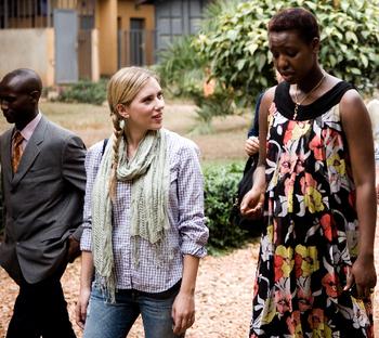 Scarlett_in_rwanda_2