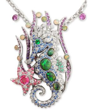 Seahorse_gemstone_necklace