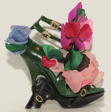 Roger_vivier_platform_flower_shoes