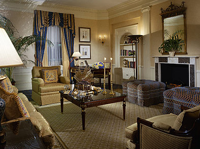 Waldorf_astoria_hotel_suite