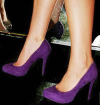 Gorgeous_purple_suede_pumps