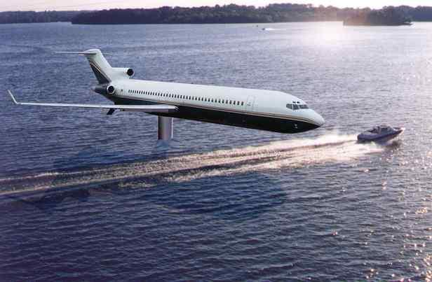 Awesome FASHIONTRIBES HOME DECOR BLOG. Airplane_home_on_a_lake_2