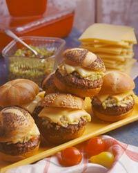 Aug_00_burger