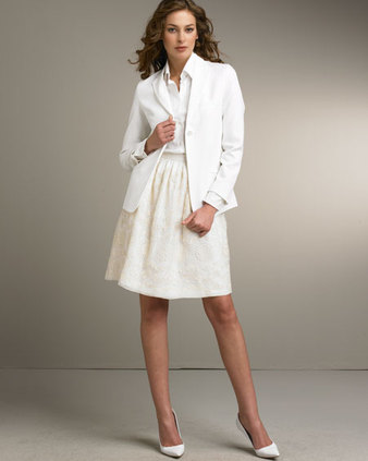 Outstanding white suit dress : White.putiloan.com