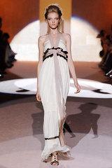 Feretti_46_goddessy_white_gown