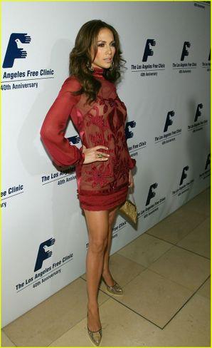 Long Sleeve Mini Dress on Jennifer Lopez Looking Lovely In A Mod Long Sleeve Mini Dress For