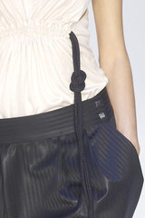 Paco_rabanne_detail_cool_belt_gather