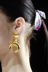 Pucci_gold_earring
