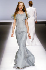 Rochas_17_pale_gray_fl_length_dress