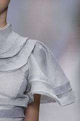 Rochas_details_pale_grey_sleeve