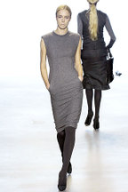 Trends_gray_dress_2