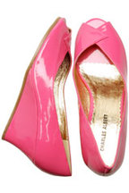 Urban_outfitters_pink_patent_peep_toe_we