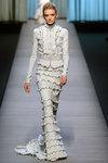 White_trends_victorian_rochas