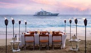 Wine_tasting_yacht