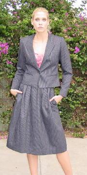 Wwoman_vintage_suit